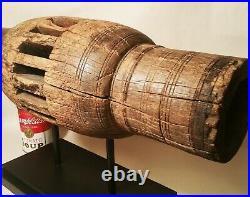AMERICAN FOLK ART SCULPTURE vtg wagon train wood wheel hub antique farm statue
