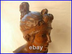 ANTIQUE FRENCH HAND CARVED OAK WOOD WOMAN BUST, SIGNED, EARLY 20th CENTURY