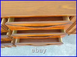 Rare MCM Curved Front Sculptural Walnut Wood Drawer Pulls Dresser Credenza Vtg