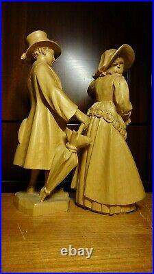Vintage 10 Anri Wood Carved Carving Man & Woman In Old Groedner Costume Statue