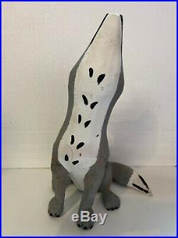 Vintage JOE ORTEGA Howling Coyote Wood Carving Folk Art Santa Fe 18 Tall NM