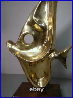 Vintage MCM Mid-Century Modern Heavy Abstract Brass Fish Sculpture on Wood Base