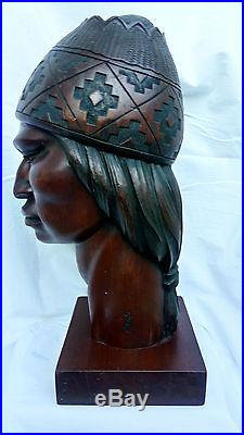 Vintage Unique Sculpture Carved Wood Bolivia Signed G. Arias Aymara Indian Art